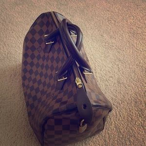 💰💰❤️Authentic Speedy Louis Vuitton Bag💕❤️!!